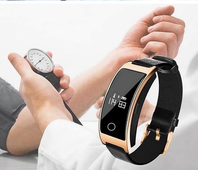 Фитнес-браслет с измерением давления